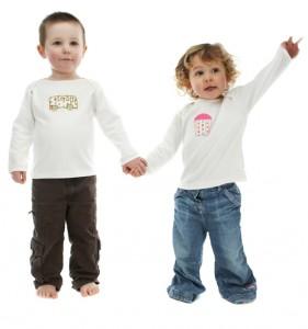 Snygga kläder till familjens minsta medlemar
